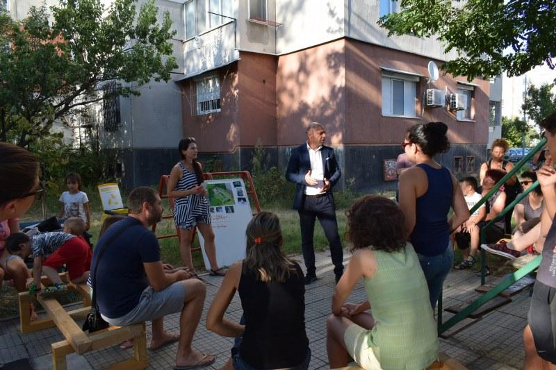 Доброволци и местни жители заедно правят пространство в Тракия по-красиво и по-приятно