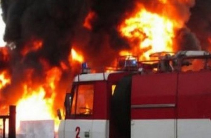 Пожар изпепели до основи къща край Калояново