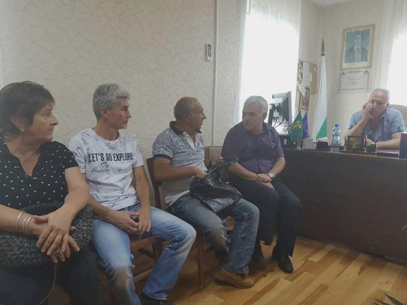 Устройствен план, ремонт и сметосъбиране обсъдиха на изнесената приемна в карловското село Соколица