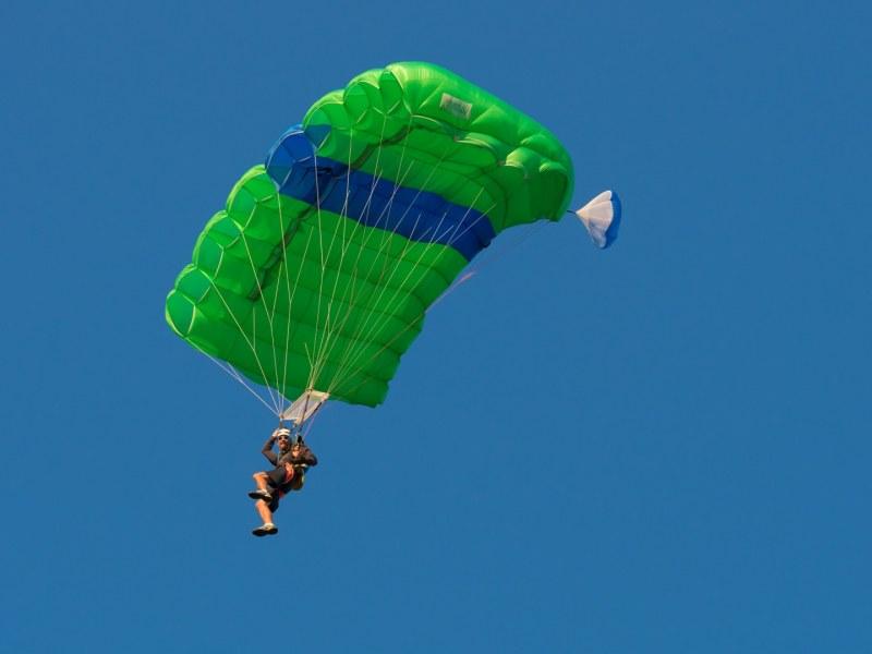 Безмоторни летателни апарати порят въздуха над Сопот! Вижте какво предстои!