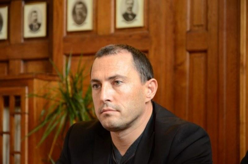 """Ральо Ралев плати гаранцията си, очакват завръщането му в кметството на """"Северен"""""""