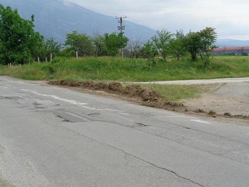 Затварят важен път в Карловско за няколко дни
