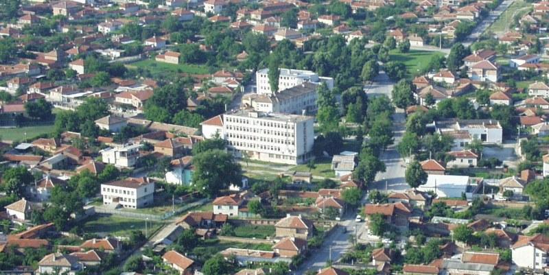 Специалисти по социални услуги изнасят работното си място в Калояново