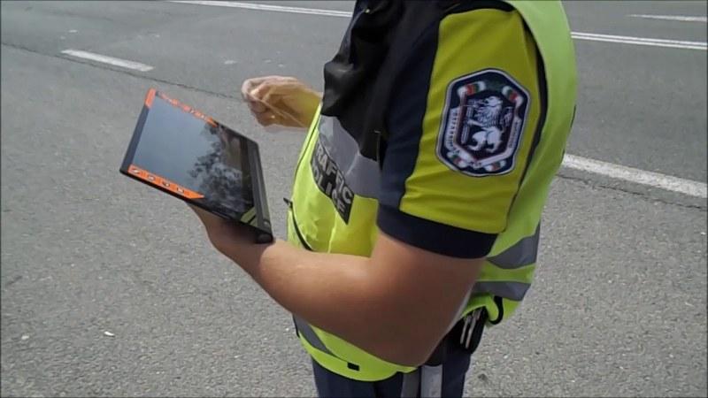 Полицейски проверки по пътищата в Раковски установиха 65 нарушения