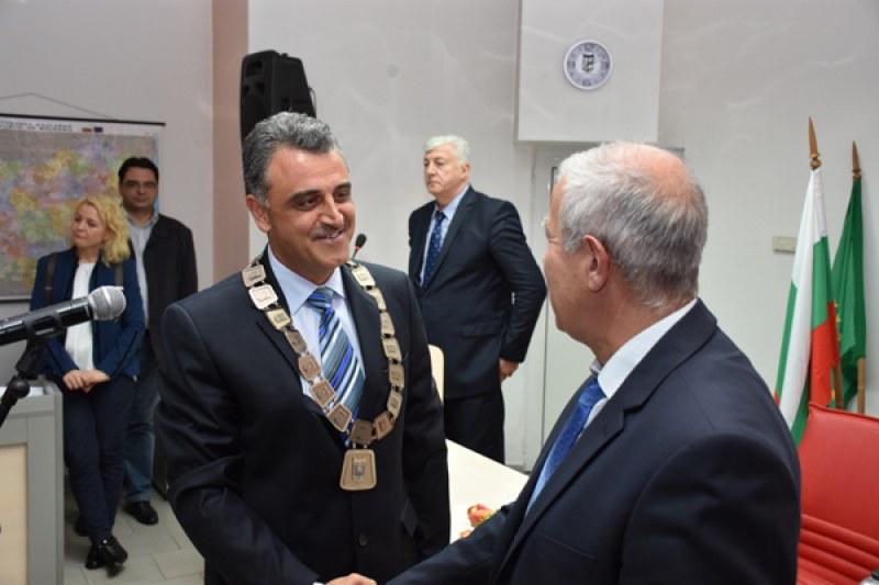 """Първият кандидат за кмет на община """"Марица"""" регистрираха от ГЕРБ (Обединени земеделци)"""