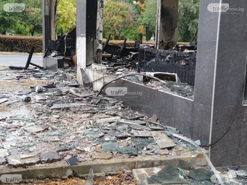 Свидетели на огнения ад в Кършияка: Съседи спасяваха колите си, пожарът щеше да ги погълне!