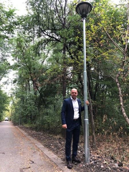 63 нови лампи скоро ще осветяват парк Лаута