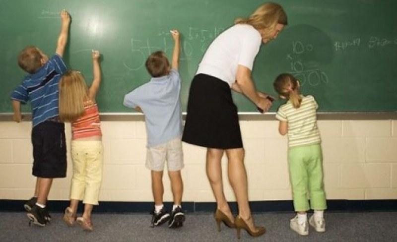 """4-ма учители се търсят в община """"Родопи"""", има свободни места и за работници"""