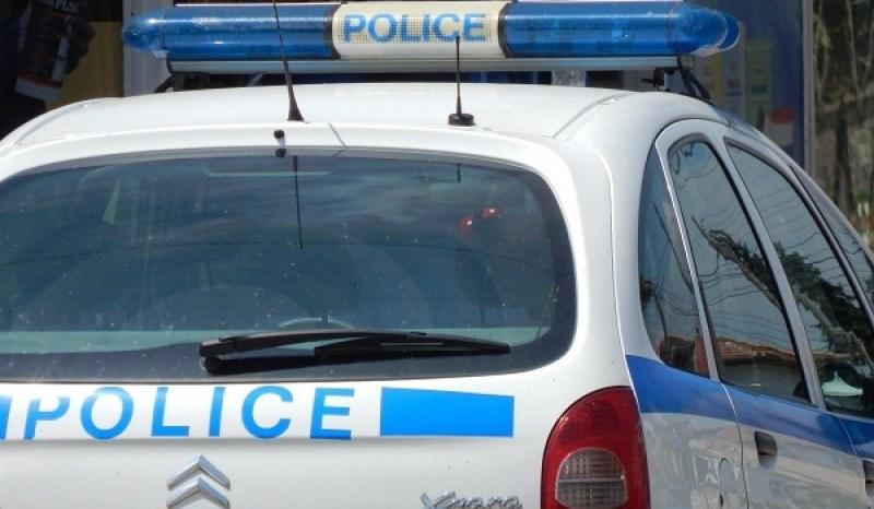 Трима осъмнаха в арестите на Пловдив и Стамболийски заради марихуана и амфетамини