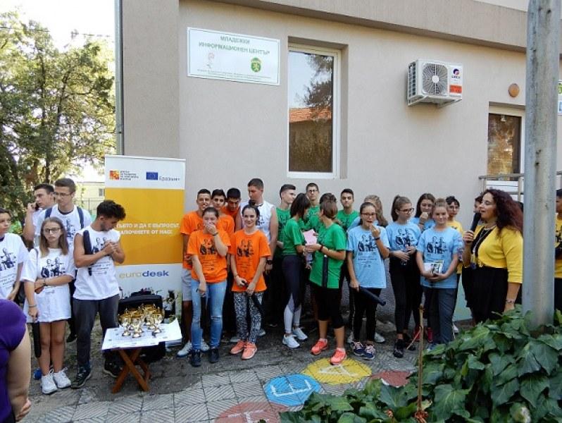Екскурзия в Румъния спечелиха 42 деца в Карлово, минали по стъпките на братята Христо и Евлоги Георгиеви