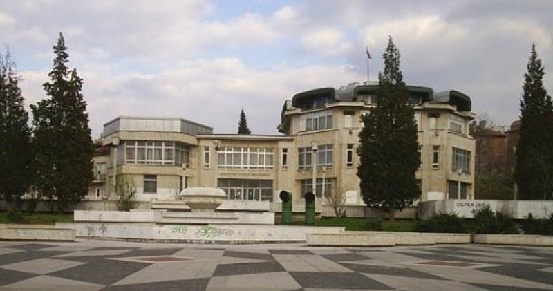Градската библиотека в Асеновград отворена и в събота с настъпването на есента