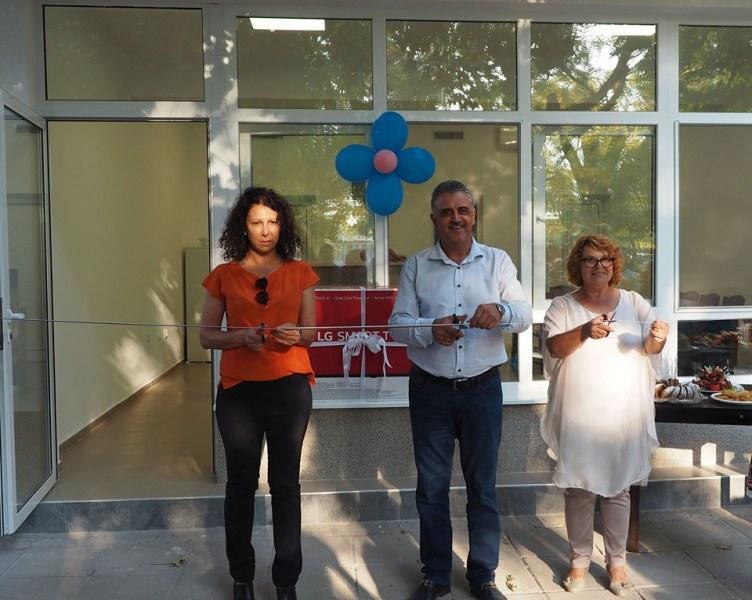Нов пенсионерски клуб и красива детска площадка радват жителите на село Бенковски.