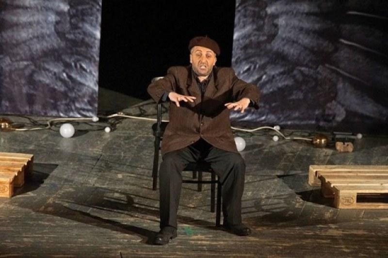 Мариус Куркински празнува юбилей със специален спектакъл в Пловдив