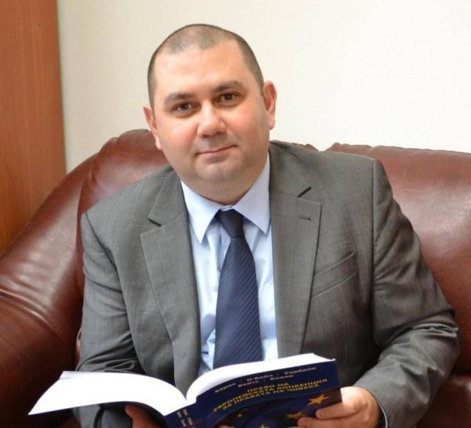 Един от най-способните юристи и университетски преподаватели в Пловдив е в листата на Георги Колев