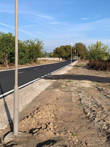 Режат лентата на новия път Стамболийски - Йоаким Груево