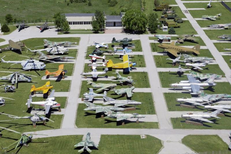 Музеят на авиацията край Крумово обявява вход свободен за днешния празник