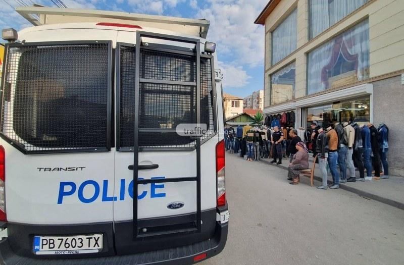 Полиция и НАП нахлуха в магазини в Стамболийски, Перущица и Раковски