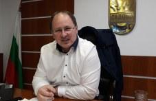 Димитър Здравков получава мнозинство в градския парламент, БСП - с 12 мандата