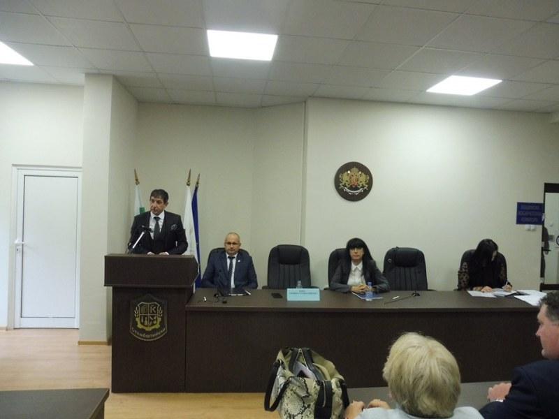 Кметът на Стамболийски положи клетва за втори път: Никога не съм спирал да работя за общината