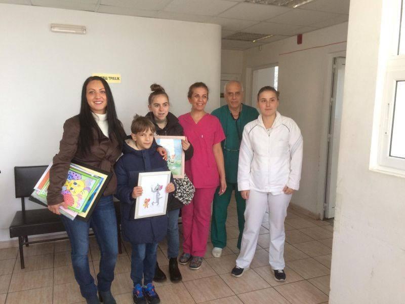 Нови рисунки на Ирина и приятели радват пациентите в болницата в Асеновград