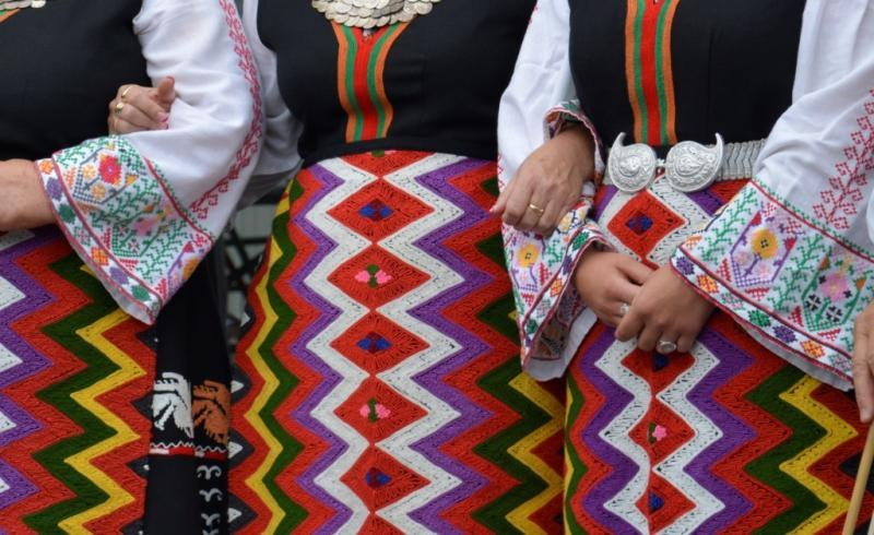 Родопски гайди, танци и вкусотии на празника в Устина, ще се лее вино