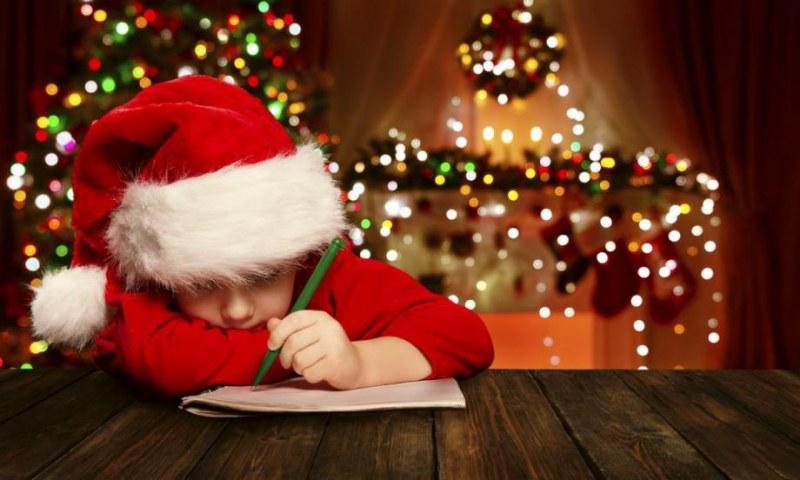 Добро за Коледа! Децата на Карлово пишат писма до добрия старец