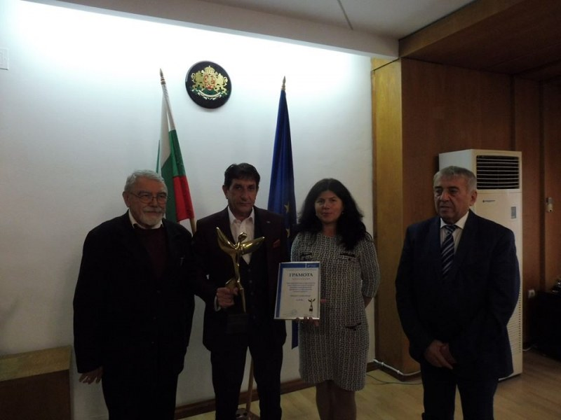 Връчиха престижна награда на Община Стамболийски заради откритата приемна на кмета