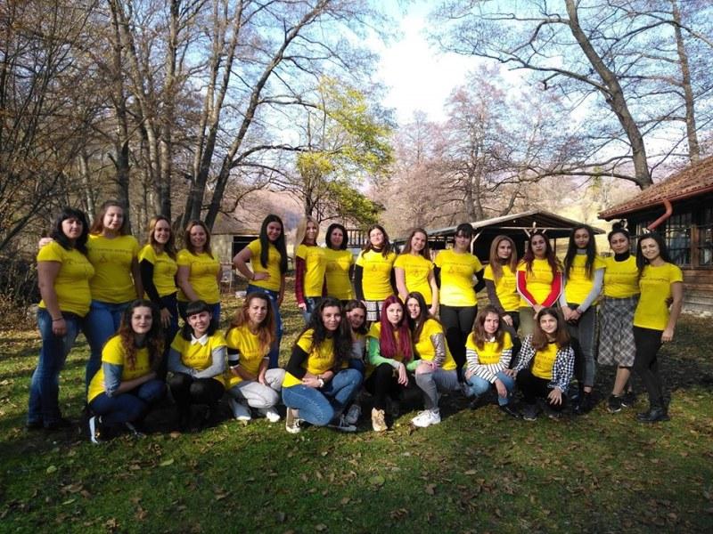 23 млади жени в Карловско се научиха как да бъдат независими и да се справят в живота