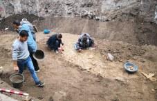 Съкровище от монети и тяло на мъж, убит през 3-ти век, откриха археолози в частен имот в Пловдив
