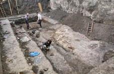 Безценна цветна мозайка откриха археолози в частен имот в Пловдив