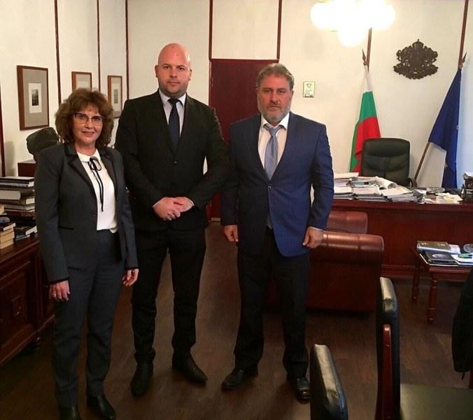 Министърът на културата обеща подкрепа на Сопот за събитията по повод 170-годишнината на Вазов