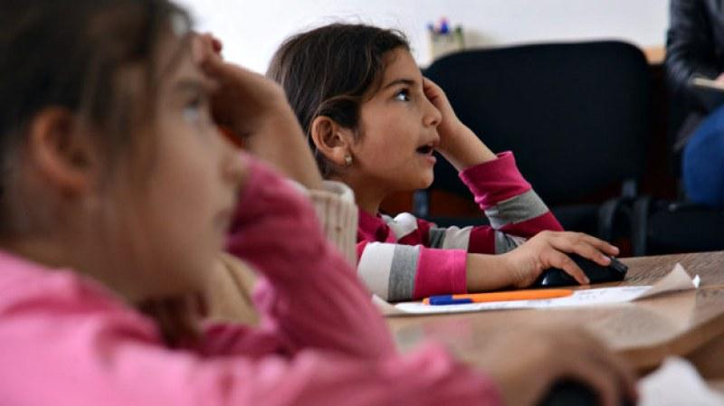 Проект за близо 200 000 лева финансира интеграцията на ромските деца в Раковски