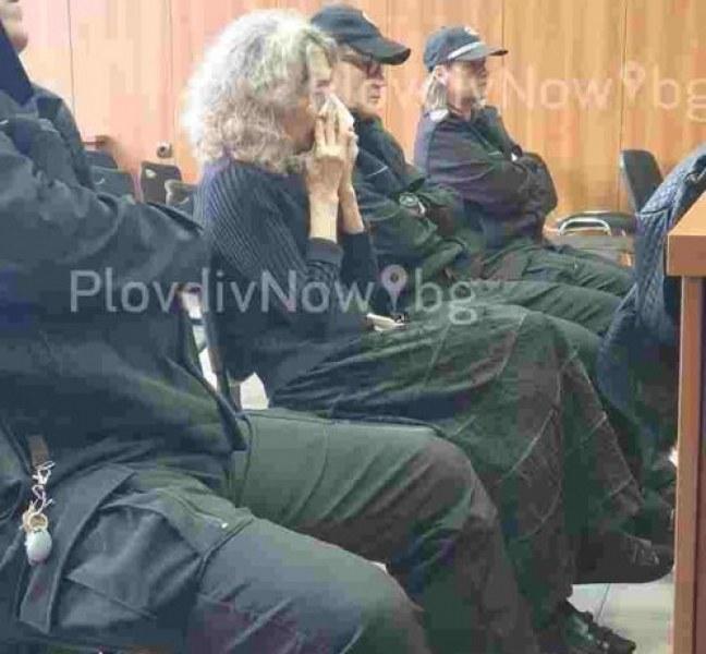 Веска, убила мъжа си в село Труд, вероятно ще получи присъда още днес