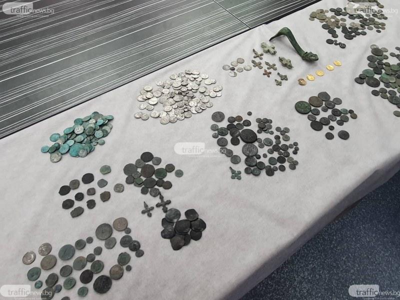 Полицията разби канал за антики: Иззеха над 800 старинни монети от Пловдив, Асеновград и Стамболийски