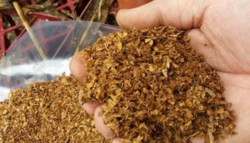 Асеновградчанин и двама пловдивчани попаднаха в ръцете на полицията заради нелегален тютюн