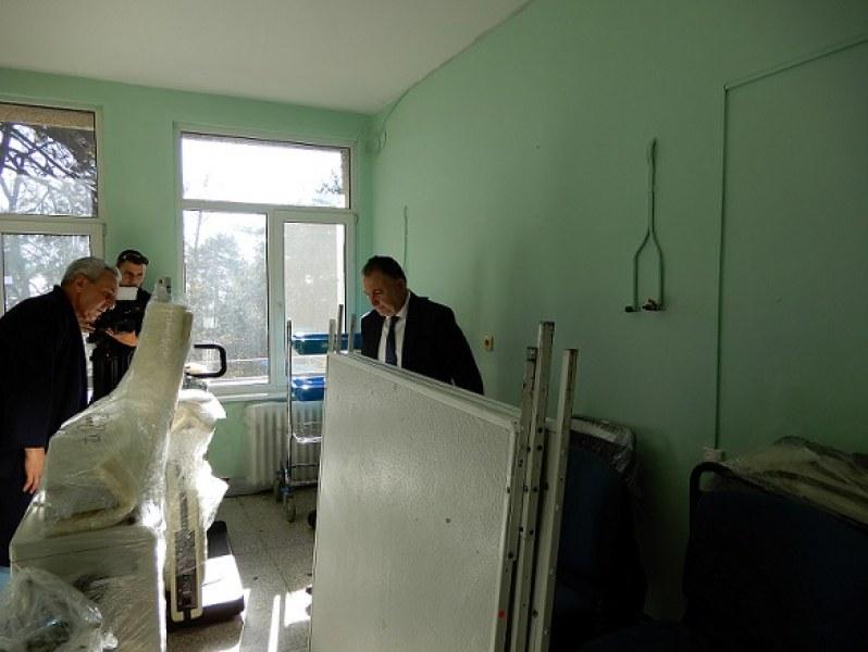 Принцеса предостави на болницата в Карлово оборудване и консумативи на стойност 150 000 лв.