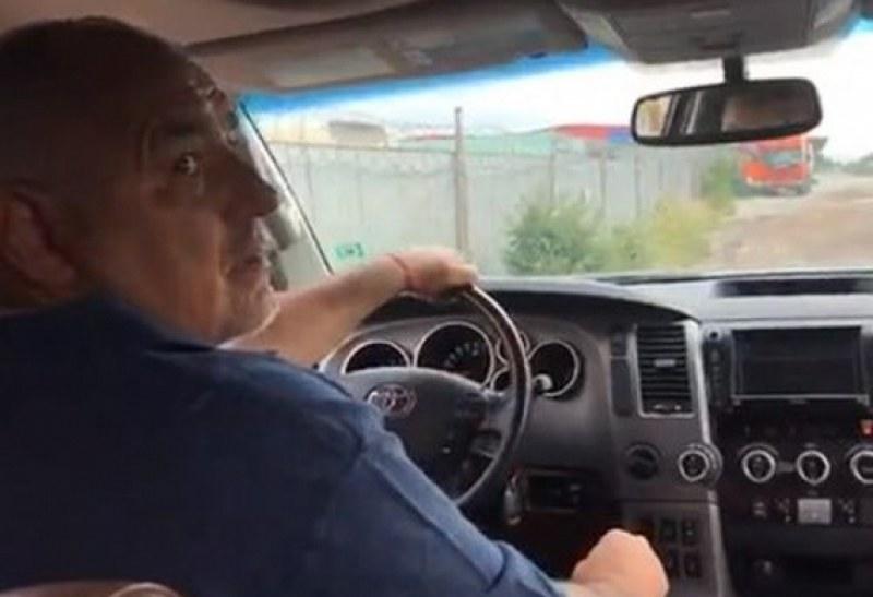 Бойко Борисов с изненадваща проверка на пътя Кричим - Девин - Смолян