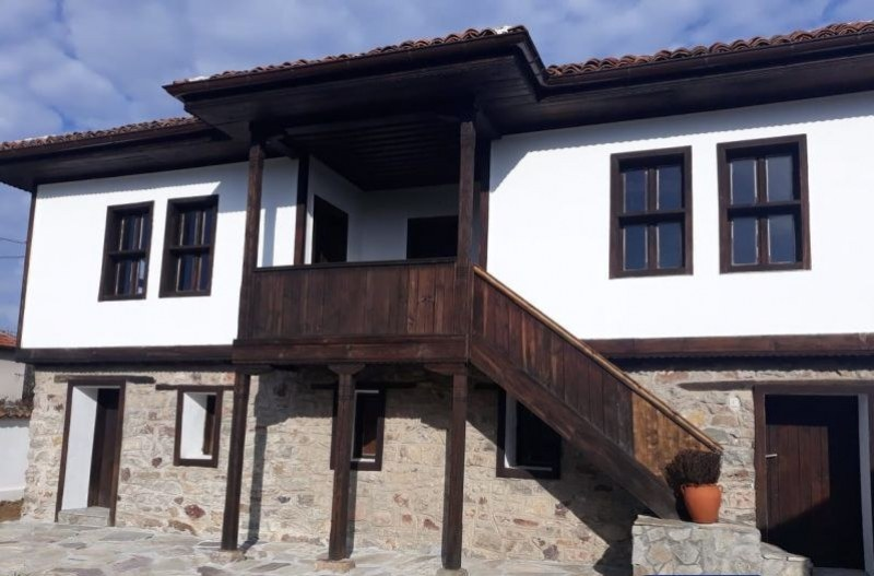 Бизнесмен възстанови и отвори родната къща на Златю Бояджиев в Брезово