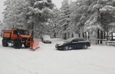 Блокада на пътя над Перущица заради незаконно преминаващи камиони