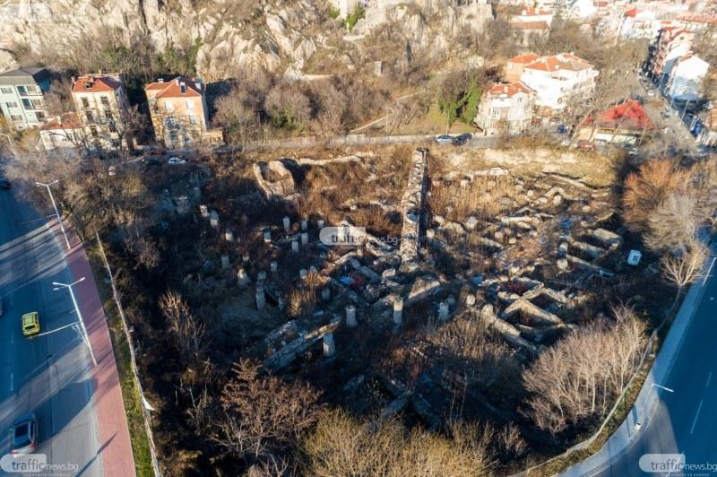 Хотел, зала и купол със зелен покрив планират за разкопките на Понеделник пазара