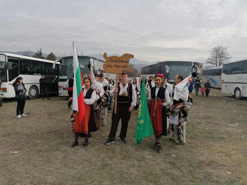 Започва се! Кукери от Карловско бяха на първия за годината фестивал