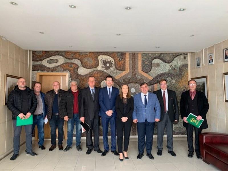 Проект с ВМЗ-Сопот, Карлово, фирми и ПУ създава Регионален иновационен център