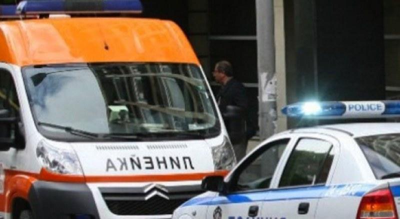 72-годишен шофьор от Куклен удари кола в насрещното, жена пострада