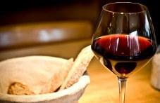 Майстори от цяла Пловдивска област се състезават за приза Цар на виното