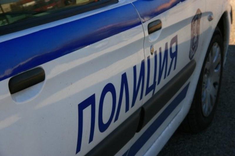 Кола блъсна 13-годишно дете в Брезово, шофьорът сам го откара в Спешното