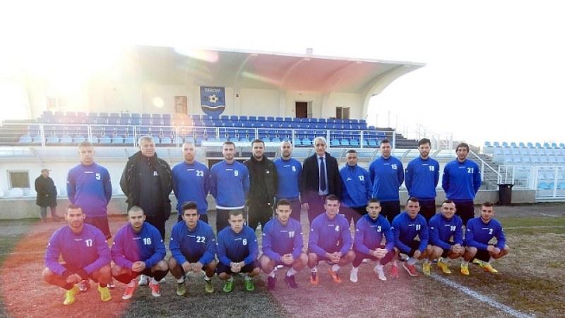 """Футболистите от """"Левски Карлово"""" с пет уредени контроли за зимната подготовка"""