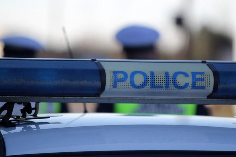 Пиян шофьор подкупи полицаи край Калояново, хванаха и почерпен тракторист от Карлово