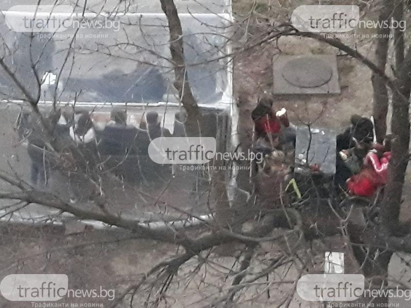 Тийнейджъри тормозят цял блок в Тракия със запои и боклуци