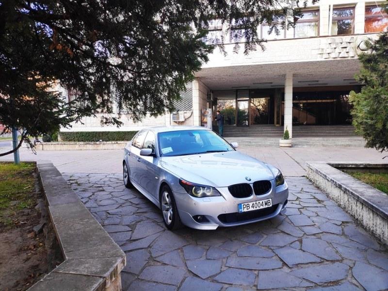 Кметът на Брезово показа на пловдивчани как (не) се паркира
