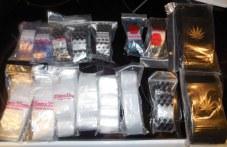 Акция на полицията в Първомайско! Хванаха дилъри и купувач с голямо количество дрога